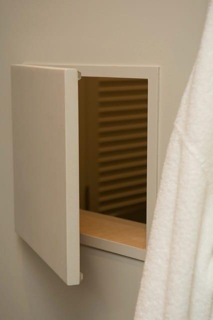 SW Portland Home Remodel Mid Century Bathroom Shute
